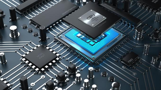 CPU可以说是电脑硬件当中技术含量最高的了,也是电脑硬件中最高密度的集成电路,相当于电脑的大脑,负责运行计算所有的电脑使用过程中产生的数据。CPU一般是不容易坏的,在CPU、显卡、主板、内存、硬盘、电源等硬件中,可以说是最不容易损坏的硬件。当然,不容易坏不代表不会损坏,在某些情况下,CPU也是容易被损坏的,主要有以下几个方面: 首先,也是最粗心的CPU损坏错误,就是不正确的安装CPU。在安装CPU的时候,一定要注意主板和CPU是否兼容,CPU的缺角要与主板插槽的缺角对应,如果不兼容或者CPU没有对好方向安